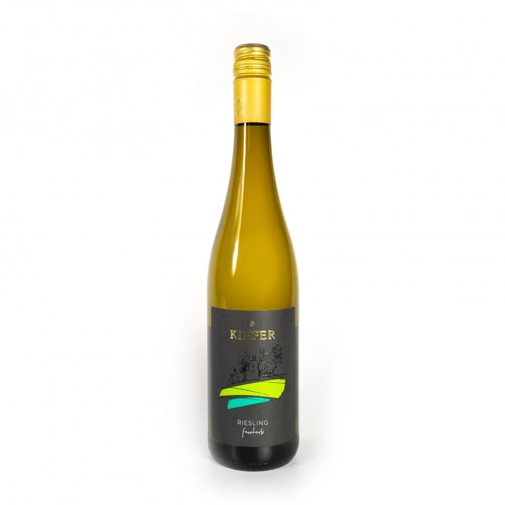Weingut-Kiefer-Ortenberg-Wein-Erlesen-kaufen-Wein-Jahrgang-2019-Riesling-Kabinett-feinherb